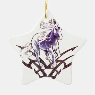 Het stammen ontwerp van het eenhoorntattoo keramisch ster ornament