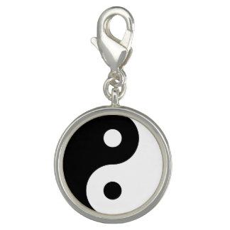 Het Symbool van Yang van Yin Charms