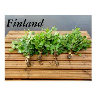 Het traditionele Finse bad zwaait op een pier Briefkaart