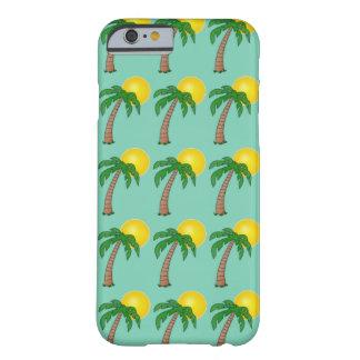 Het tropische Patroon van de Zomer van de Palm van Barely There iPhone 6 Hoesje