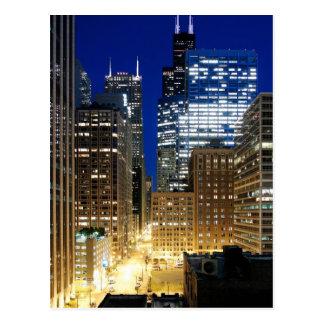 Het uitzicht van de nacht van cityscape van briefkaart