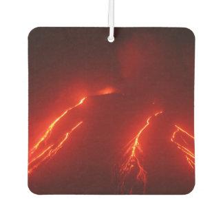 Het uitzicht van de nacht van lavastromen op luchtverfrisser