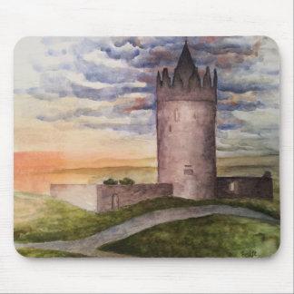Het verrukte Ierse stootkussen van de kasteelmuis Muismat