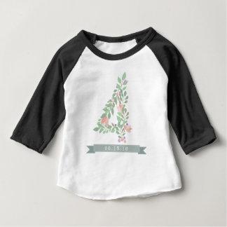 Het vierde Overhemd van de Verjaardag van Flower Baby T Shirts