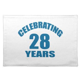 Het vieren het Design van de Verjaardag van 28 Placemat