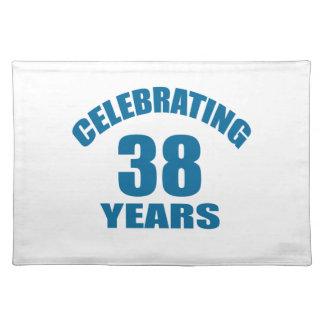 Het vieren het Design van de Verjaardag van 38 Placemat