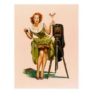 Het vintage meisje van Pinup van de Camera Briefkaart
