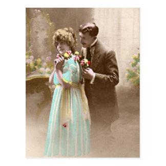 Het vintage Paar van Valentijn Briefkaart