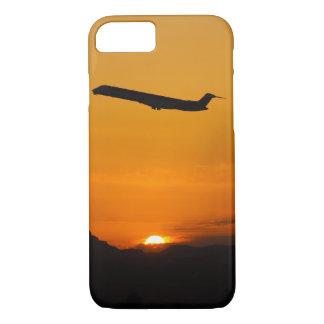 Het vliegen weg in de zonsondergang iPhone 8/7 hoesje
