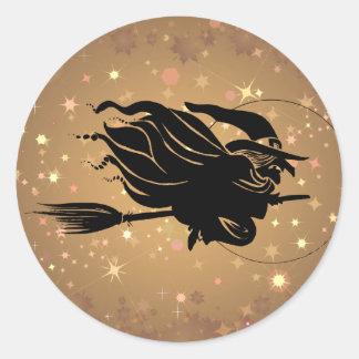 Het vliegende Silhouet van de Heks Ronde Sticker