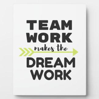 Het Werk van het team maakt het Werk van de Droom Fotoplaat