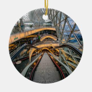 Het Winkelcomplex Frankfurt van MyZeil Rond Keramisch Ornament