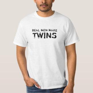 Het witte Echte Man maakt Tweelingen T Shirt