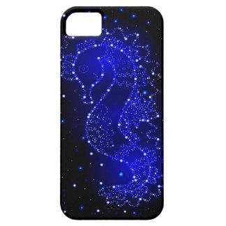 het zeepaardje zwemt in lichten barely there iPhone 5 hoesje