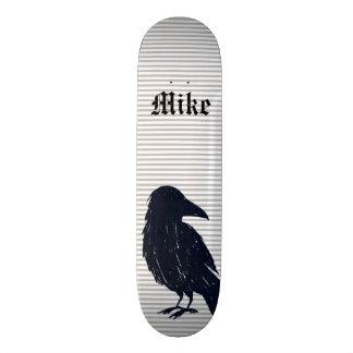 Het zwarte Dek van het Skateboard van de Kraai