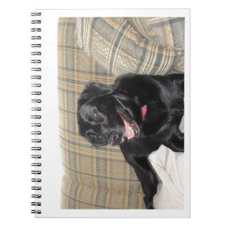 Het zwarte notitieboekje van Labrador Ringband Notitieboek