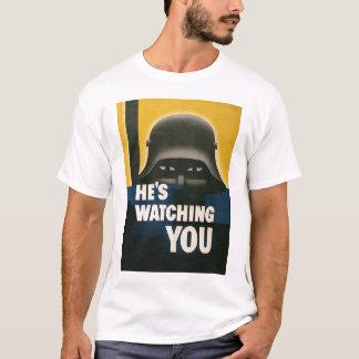 Hij let op u Oorlog van de Wereld 2 T Shirt