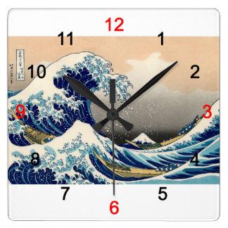 """Hokusai , """"KANAGAWAOKINAMIURA"""" Vierkante Klok"""