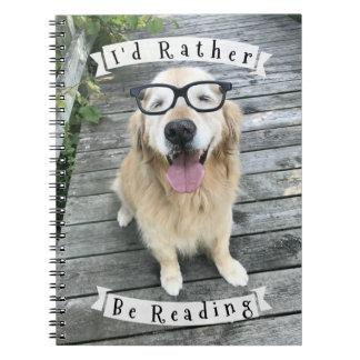 Hond van het golden retriever zou ik eerder lezen notitieboek
