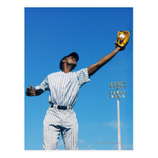 honkbal speler die (16-20) bal binnen vangen briefkaart