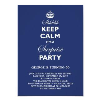 Houd de Kalme Grappige Partij van de Verjaardag 11,4x15,9 Uitnodiging Kaart