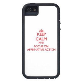 Houd kalm en concentreer me op BEVESTIGENDE ACTIE iPhone 5 Case-Mate Hoesje