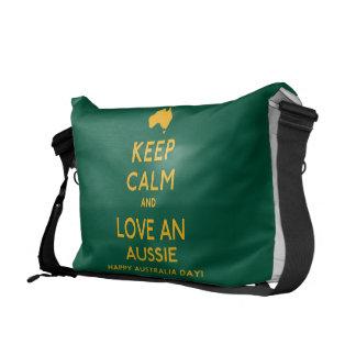 Houd Kalm en houd van een Aussie! Courier Bags