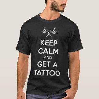 Houd kalm en krijg een tattoo t shirt