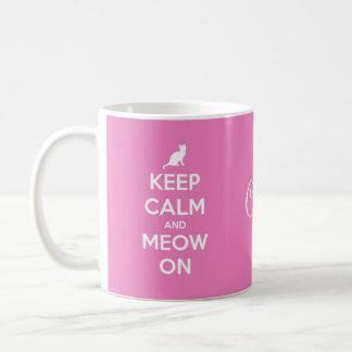 Houd Kalm en Miauw op Roze Koffiemok