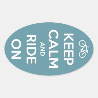 Houd Kalm en Rit op Blauw Ovale Sticker