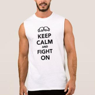 Houd kalm en strijd bij het In dozen doen T Shirt