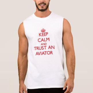 Houd Kalm en vertrouw op een Vliegenier T Shirt