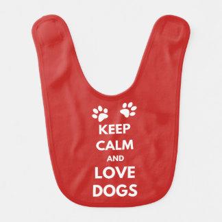 Houd kalme en liefdehonden slabbetje