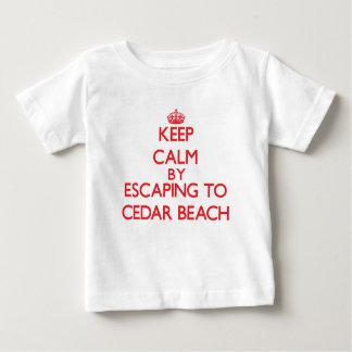 Houd rust door aan het Strand New York te Tshirts