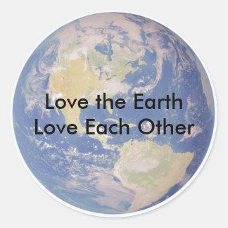 Houd van de Liefde van de Aarde elkaar Ronde Sticker