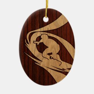 Hout van Surfer Faux van Kewalos het Hawaiiaanse Keramisch Ovaal Ornament