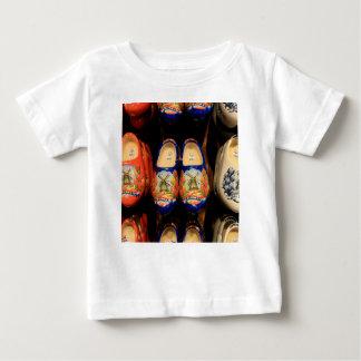 Houten geschilderde belemmeringen, Holland Baby T Shirts