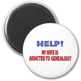 Hulp! Mijn Vrouw wordt gewijd aan Genealogie Ronde Magneet 5,7 Cm