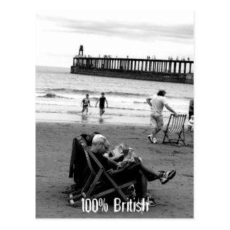 Humoristische Britten bij de Kust in Zwart-wit Briefkaart
