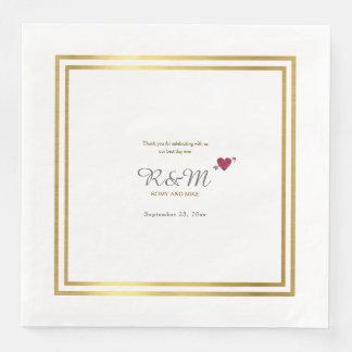 huwelijks monogram op wit diner papieren servetten