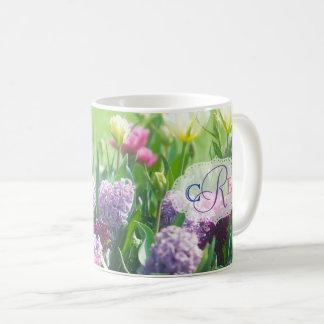 Hyacint van de Tulpen van de Tuin van de Lente van Koffiemok