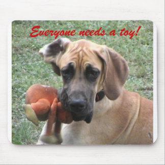 Iedereen heeft een speelgoed nodig! muismat