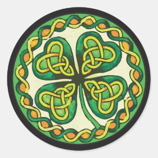 Ierse Klaver in Keltische Knopen Ronde Sticker