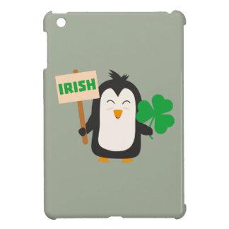 Ierse Pinguïn met klaver Zjib4 Hoesje Voor iPad Mini