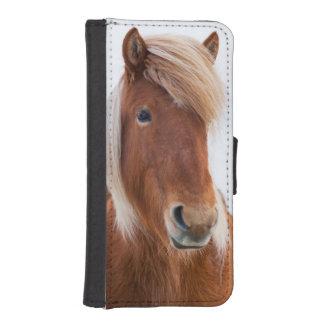 Ijslands Paard tijdens de winter 2 iPhone 5 Portemonnee Hoesje