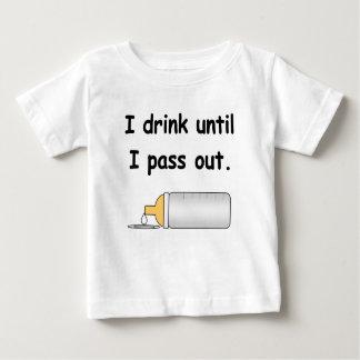 Ik drink tot ik uit grappig babyt-shirt overga baby t shirts