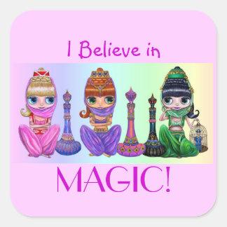 Ik geloof in Magisch! Leuke Grote Doll van het Vierkante Sticker
