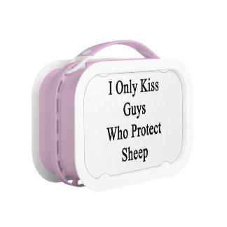 Ik kus slechts Who van Kerels bescherm Schapen