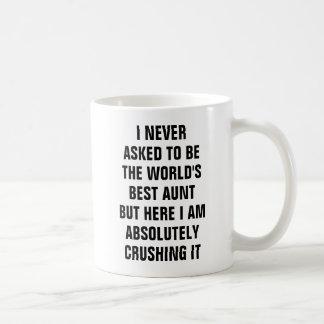 Ik vroeg nooit te zijn de tante maar haar van de koffiemok