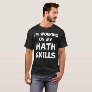 Ik werk aan Mijn T-shirt van de Accountant van de